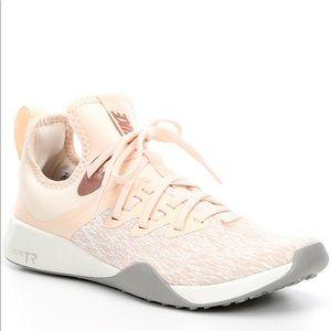 Nike foundation elite TR cross training shoes pink